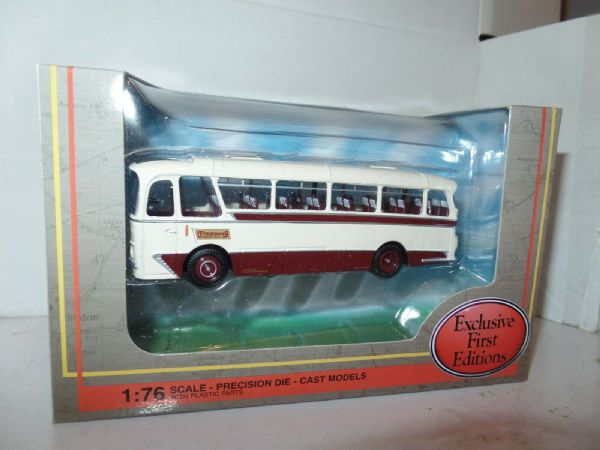 EFE 12120 Harrington Cavalier Coach Timpsons & Son London Coastal Express MIMB